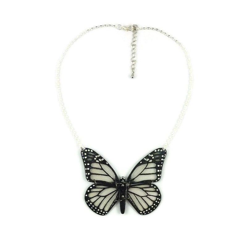 aee995e8b ... Transparent and black Monarch butterfly necklace with glitters ...