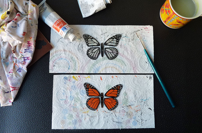 Work in progress : butterfly necklaces